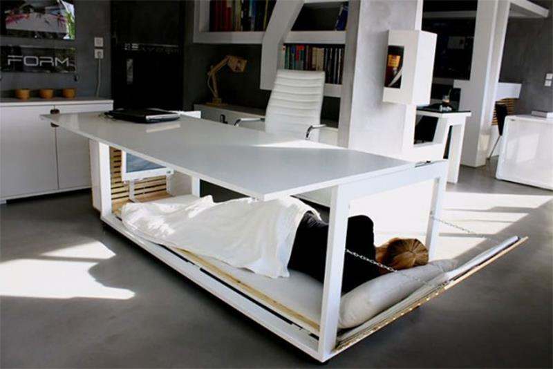 nap desk chillen unter dem schreibtisch tyrosize. Black Bedroom Furniture Sets. Home Design Ideas
