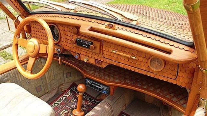 Great_Wooden_VW_Beetle_Made_by_Bosnian_Pensioner_Momir_Bojic_2016_02