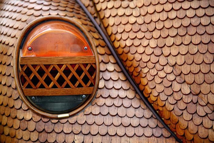 Great_Wooden_VW_Beetle_Made_by_Bosnian_Pensioner_Momir_Bojic_2016_03