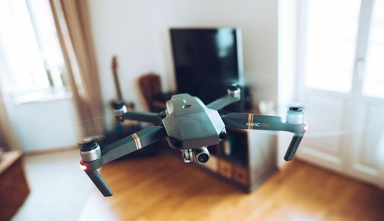 Neuer Pilot am Drohnenhimmel: DJI Mavic Pro endlich eingetroffen