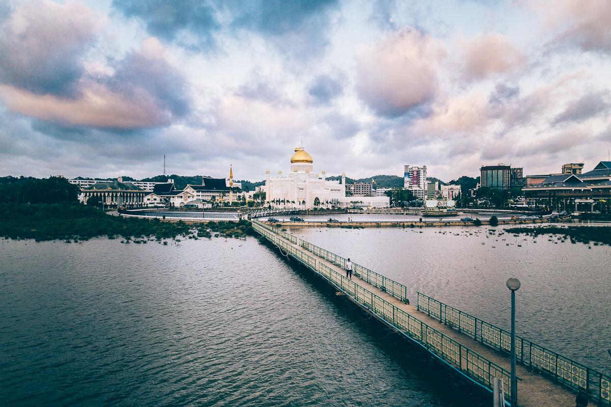 Bruneieiei, oder: Was geht ab im Sultanat